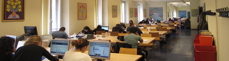 immagine della sala di lettura della Biblioteca di Scienze della formazione